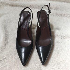 Tahari Women's shoes/heels